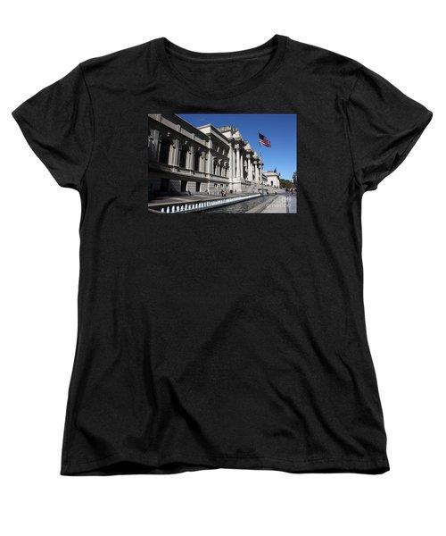 The Met Women's T-Shirt (Standard Cut) by David Bearden