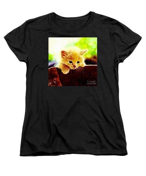 Yellow Kitten Women's T-Shirt (Standard Fit)