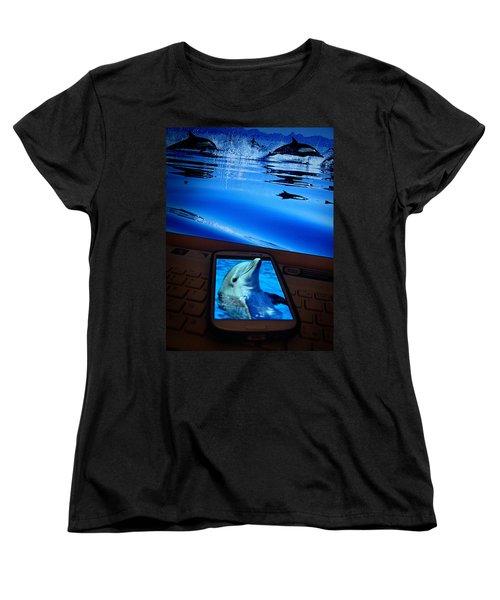 3d Phone... Women's T-Shirt (Standard Cut)