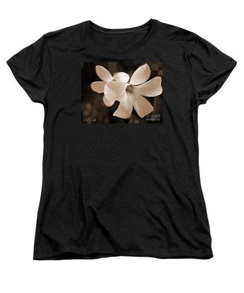 Oxalis Triangularis Or Burgundy Shamrock Women's T-Shirt (Standard Cut) by J McCombie
