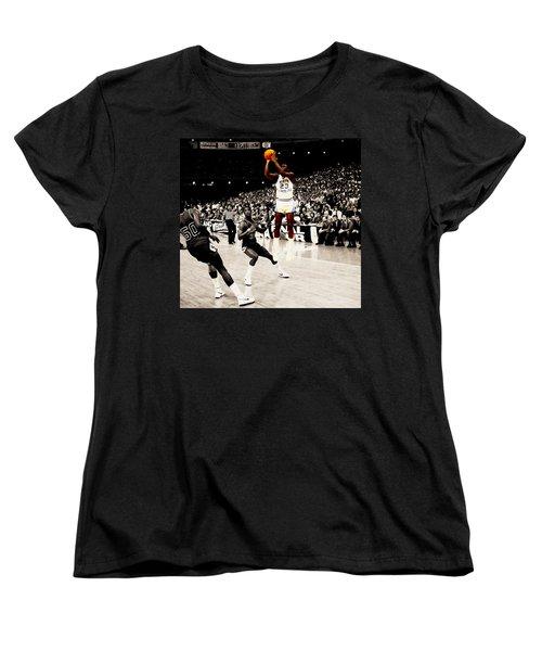 Air Jordan Unc Last Shot Women's T-Shirt (Standard Cut) by Brian Reaves