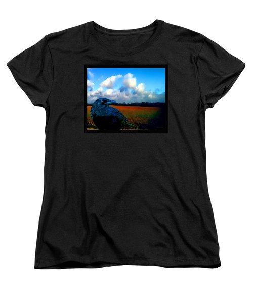 Big Daddy Crow Series Silent Watcher Women's T-Shirt (Standard Cut)