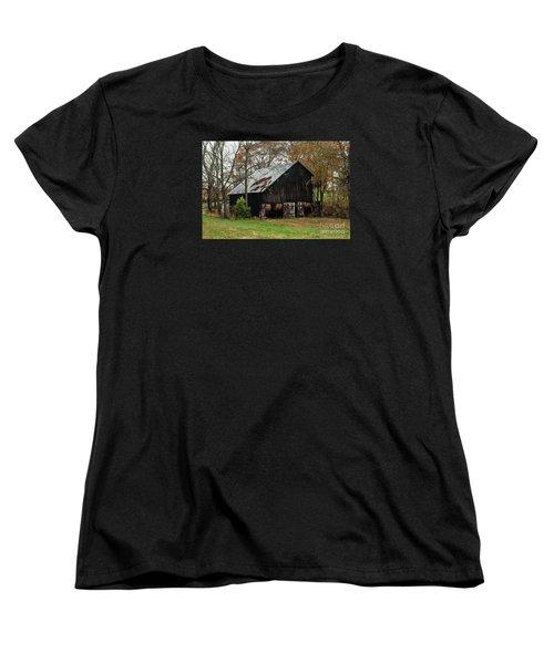 Women's T-Shirt (Standard Cut) featuring the photograph Burley Tobacco  Barn by Debbie Green
