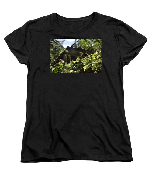 Women's T-Shirt (Standard Cut) featuring the photograph Crumbling Down by Cathy Mahnke