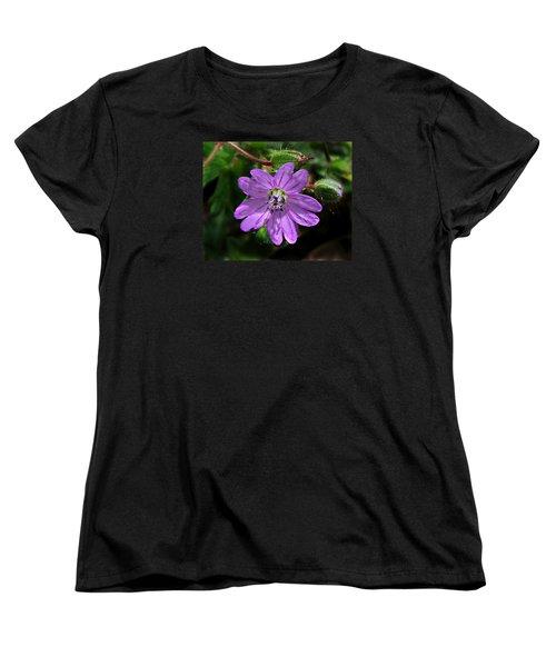 Women's T-Shirt (Standard Cut) featuring the photograph Wild Dovesfoot Cranesbill by William Tanneberger