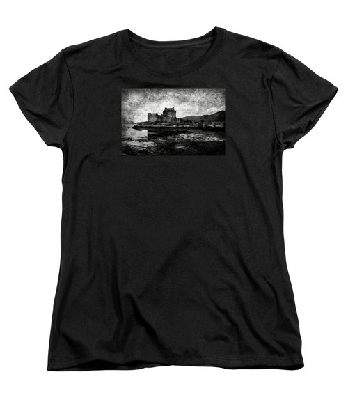 Eilean Donan Castle In Scotland Bw Women's T-Shirt (Standard Cut) by RicardMN Photography