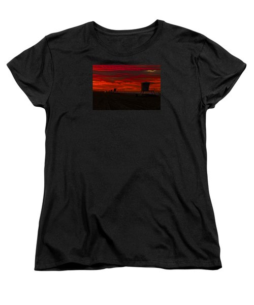 Women's T-Shirt (Standard Cut) featuring the photograph Embers Of Dawn by Duncan Selby