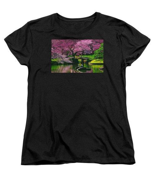 Friends Women's T-Shirt (Standard Cut) by Midori Chan