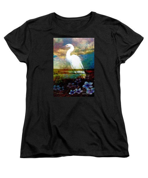 Women's T-Shirt (Standard Cut) featuring the photograph Great Egret by Annie Zeno