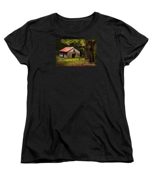 Kentucky Barn Women's T-Shirt (Standard Cut) by Lena Auxier