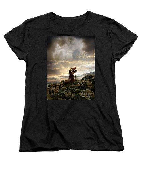 Kneeling Knight Women's T-Shirt (Standard Cut) by Jill Battaglia