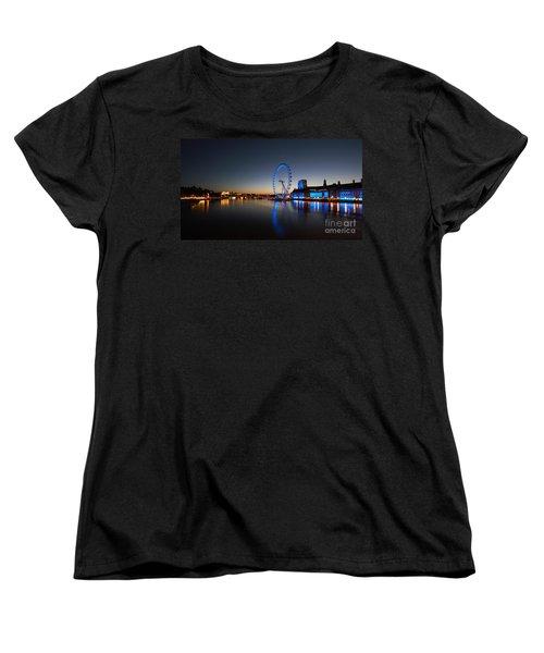 London 1 Women's T-Shirt (Standard Cut) by Mariusz Czajkowski