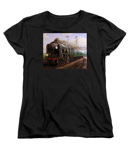 Merchant Navy Pacific At Brookwood. Women's T-Shirt (Standard Cut) by Mike  Jeffries