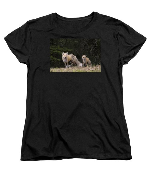 Momma Fox With Her Kit Women's T-Shirt (Standard Cut) by Sonya Lang