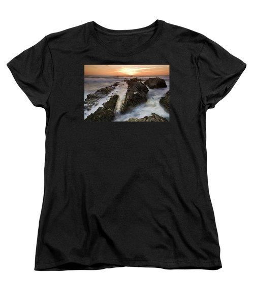Montana De Oro Sunset 1 Women's T-Shirt (Standard Cut)