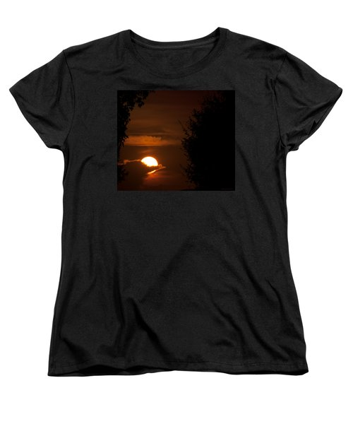 Sunset Women's T-Shirt (Standard Cut) by Miguel Winterpacht