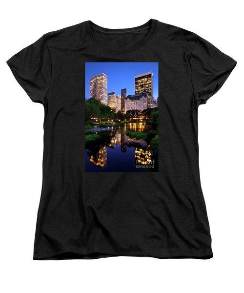 Twilight Nyc Women's T-Shirt (Standard Cut) by Brian Jannsen