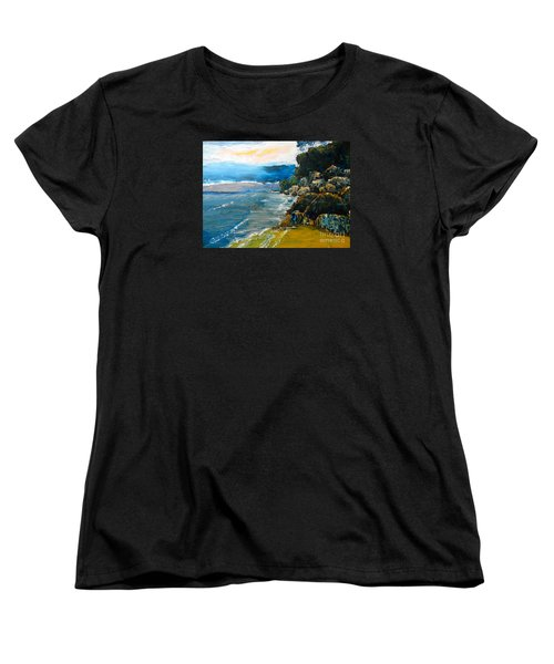Walomwolla Beach Women's T-Shirt (Standard Cut)