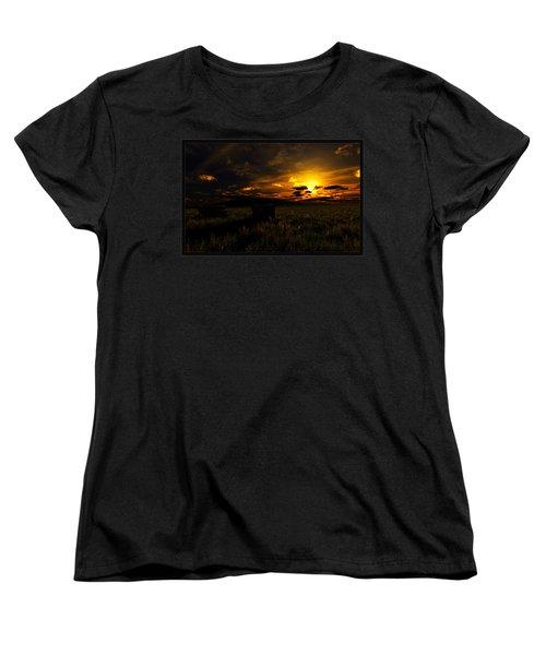 Forgotten Homestead... Women's T-Shirt (Standard Cut)