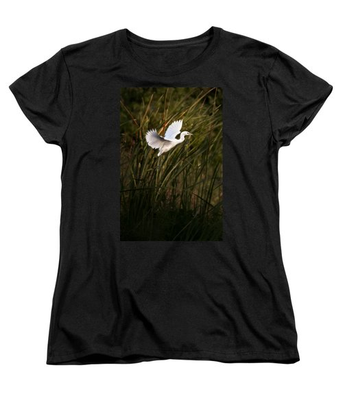 Women's T-Shirt (Standard Cut) featuring the photograph Little Blue Heron On Approach by Steven Sparks