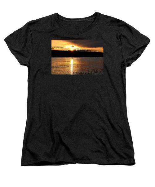 Women's T-Shirt (Standard Cut) featuring the photograph Nebraska Sunset by Elizabeth Winter