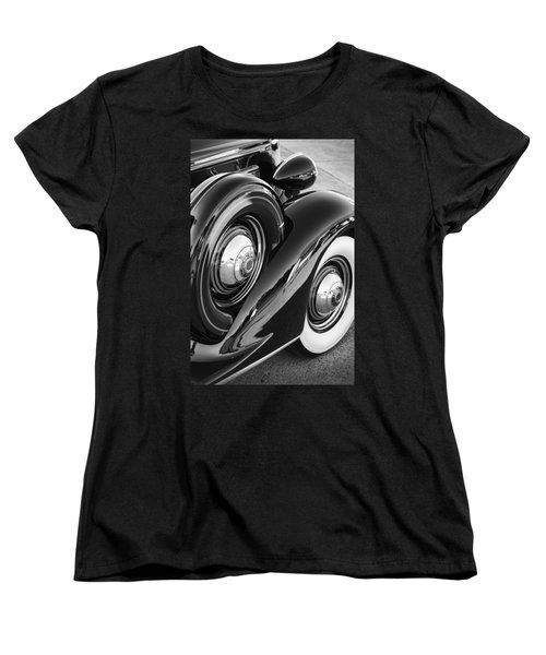 Women's T-Shirt (Standard Cut) featuring the photograph Packard One Twenty by Gordon Dean II