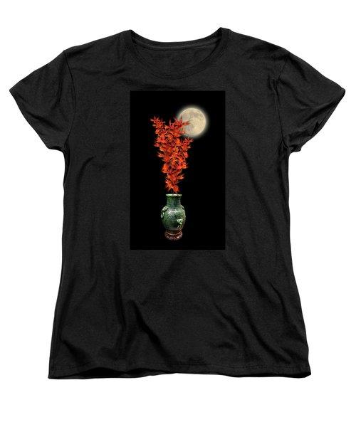Women's T-Shirt (Standard Cut) featuring the photograph 4406 by Peter Holme III