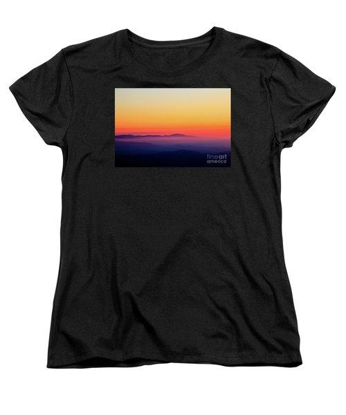 Women's T-Shirt (Standard Cut) featuring the photograph A Simple Sunrise by Douglas Stucky
