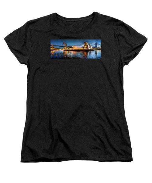 Bilbao Guggenheim Women's T-Shirt (Standard Cut) by Marty Garland