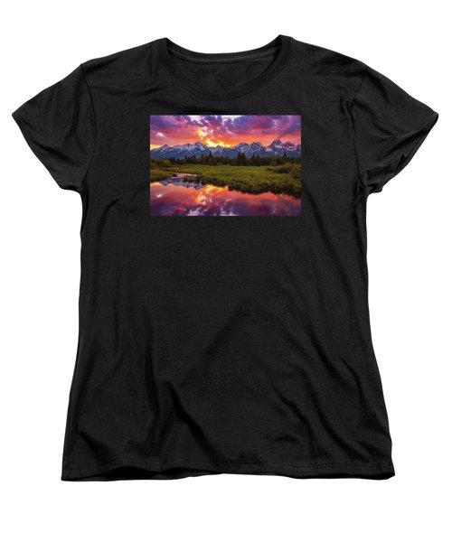 Black Ponds Sunset Women's T-Shirt (Standard Fit)