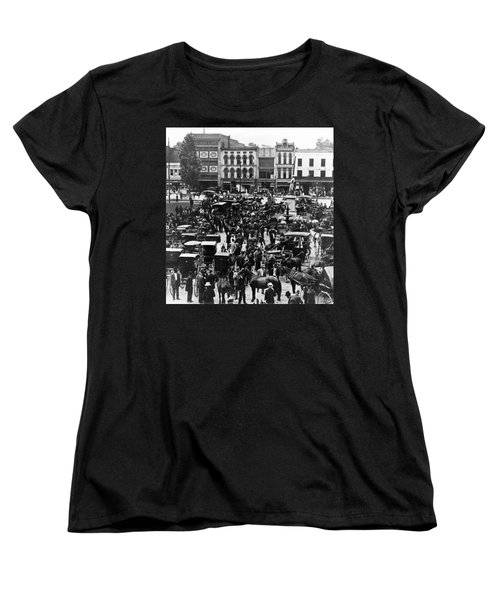 Cheapside Public Square In Lexington - Kentucky - April 7  1920 Women's T-Shirt (Standard Cut) by International  Images