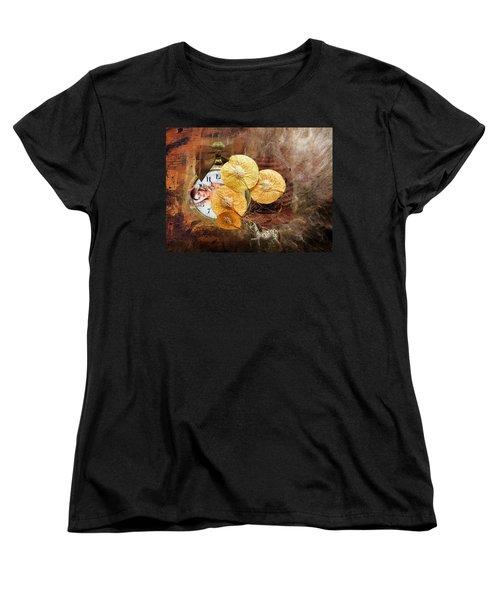 Clock Girl Women's T-Shirt (Standard Cut)
