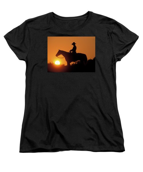 Cowboy Sunset Silhouette Women's T-Shirt (Standard Fit)