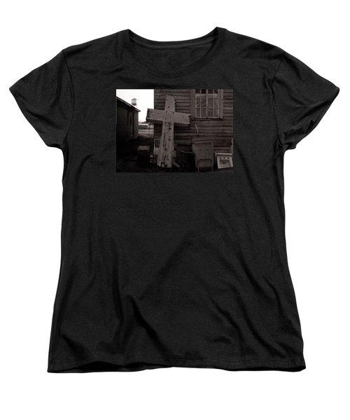 Cross Tallulah Louisiana Women's T-Shirt (Standard Cut)