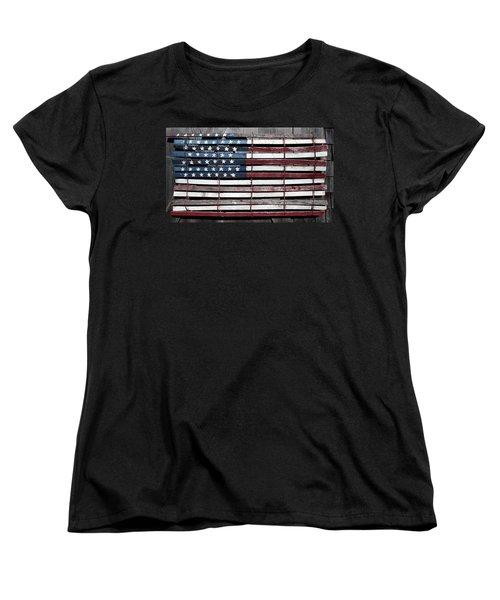Faded Glory Women's T-Shirt (Standard Cut) by Stephen Flint