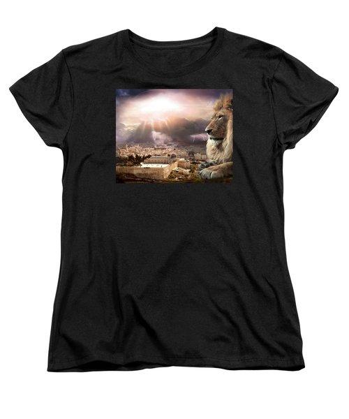 I Am Women's T-Shirt (Standard Cut) by Bill Stephens