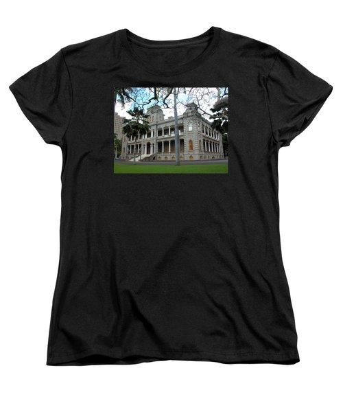 Women's T-Shirt (Standard Cut) featuring the photograph Iolani Palace, Honolulu, Hawaii by Mark Czerniec