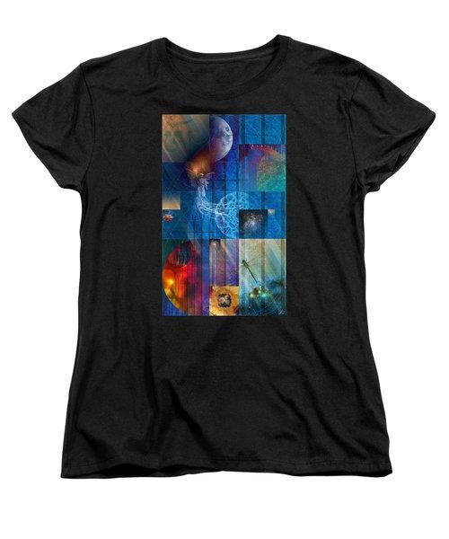 La Signatura Women's T-Shirt (Standard Cut)