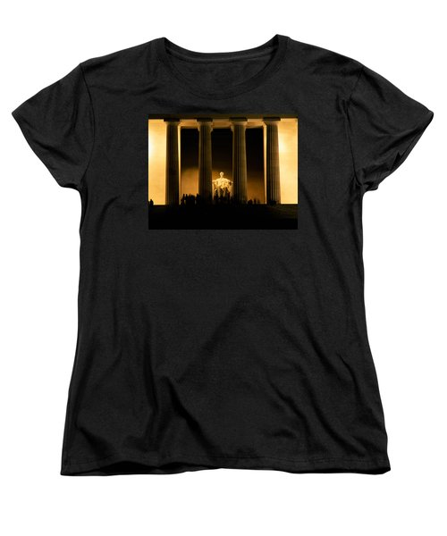 Lincoln Memorial Illuminated At Night Women's T-Shirt (Standard Cut) by Panoramic Images