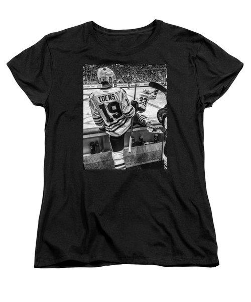 Line Change Women's T-Shirt (Standard Cut) by Tom Gort