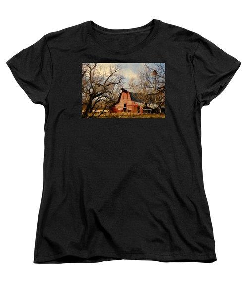 Little Red Barn Women's T-Shirt (Standard Cut) by Lana Trussell