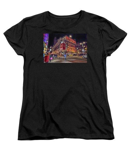 Macy's Of New York Women's T-Shirt (Standard Cut)