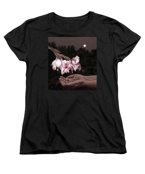 Manna Women's T-Shirt (Standard Cut) by Lauren Radke