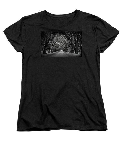 Plantation Oak Alley Women's T-Shirt (Standard Cut) by Perry Webster