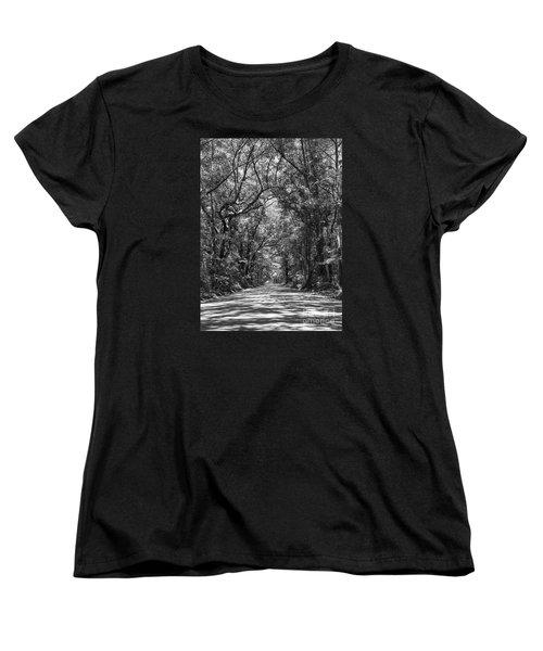 Road To Angel Oak Grayscale Women's T-Shirt (Standard Cut) by Jennifer White