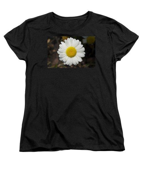 Solo Daisy Women's T-Shirt (Standard Cut) by Henri Irizarri