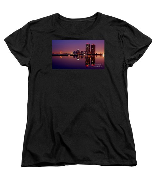 Toronto Cracking Dawn Women's T-Shirt (Standard Cut) by Joe  Ng