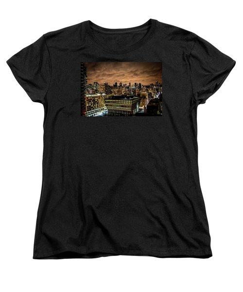 Toronto Dusk Women's T-Shirt (Standard Cut)