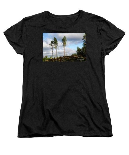 Towards The Sky Women's T-Shirt (Standard Cut) by Kennerth and Birgitta Kullman