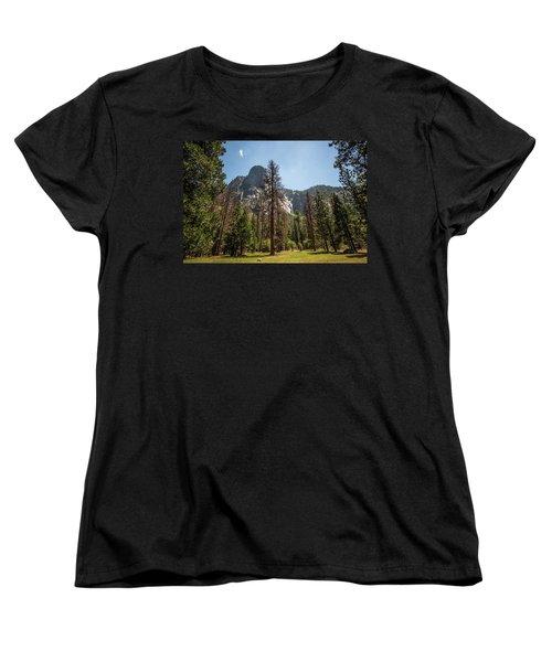 Yosemite View 18 Women's T-Shirt (Standard Cut) by Ryan Weddle